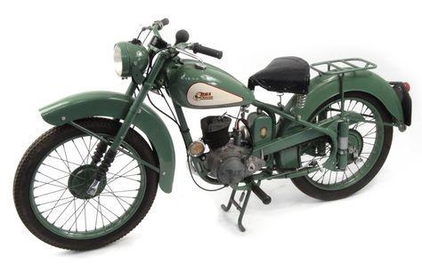 1952 Green BSA Bantam D1 125cc motorbike, 15871 recorded miles, registration…