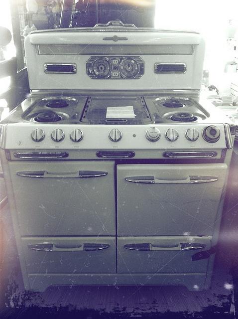 81 best Old Stoves images on Pinterest | Antique stove, Vintage ...
