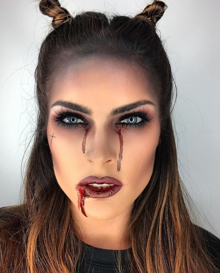 10 Devilish Halloween Makeup Looks Even Beginners Can Pull Off