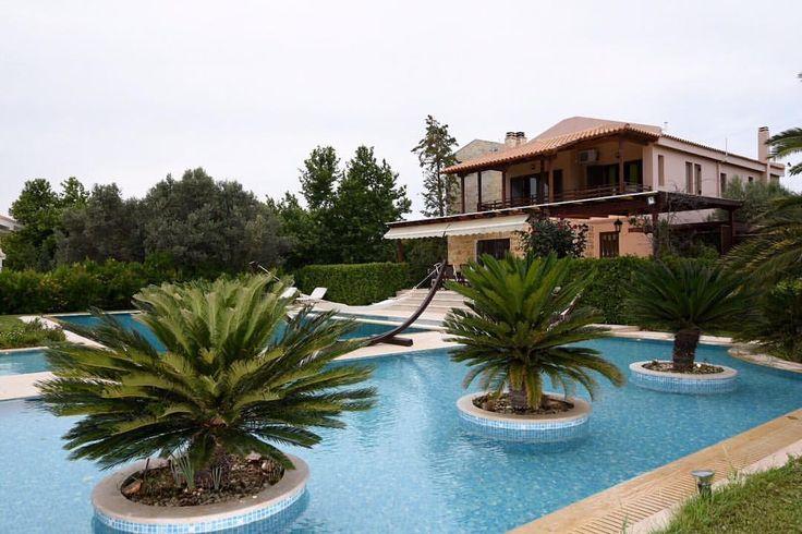 #travel #visitgreece #villa #mansion #billionaire #luxury #design #airbnb #homm #athens #greece #pikermi #athensairport #airport