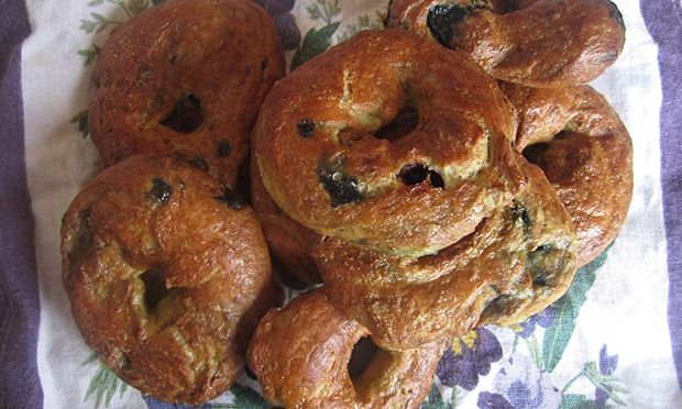 How to make blueberry and vanilla bagels – recipe