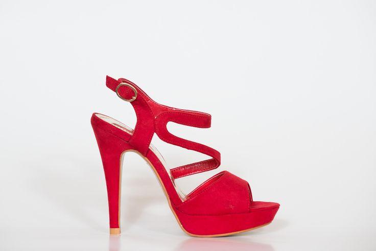 #red #shine #fashion #noche #fiesta #graduacion #zapatos