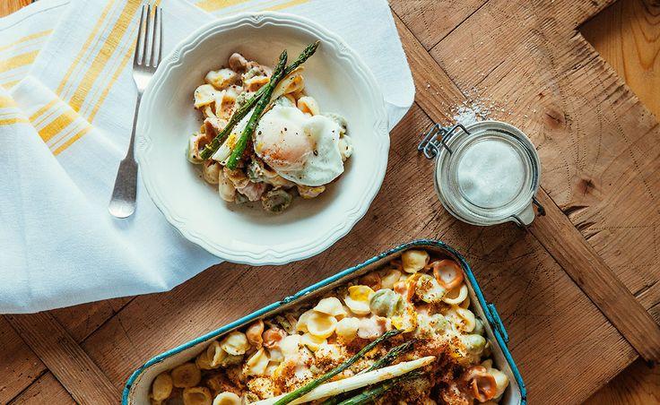 Notre recette de Macaroni au fromage cheddar, asperges et œuf poché — Semaine 19 : Chasse aux cocos | Natrel | Natrel