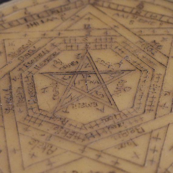 Sigillum Dei Aemeth - John Dee/Edward Kelly, Enochian Magic by YeOldeMagickeShoppe