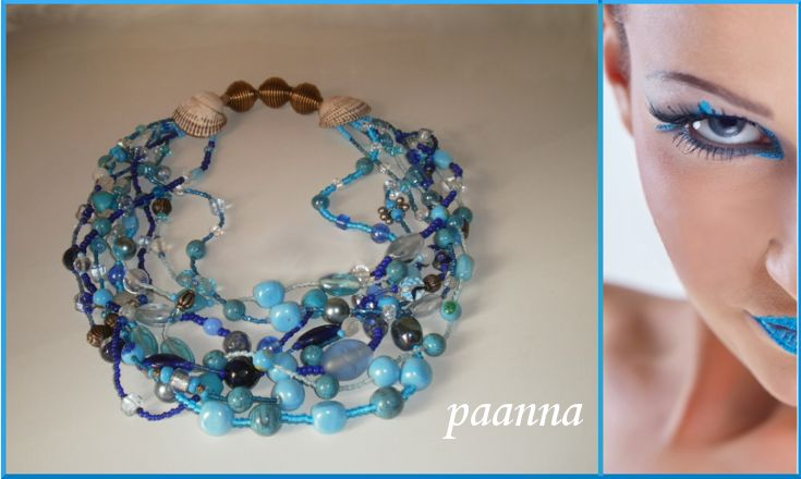 Collana Turquoise by Paanna su DaWanda.com. Collana multifili. Statement necklace. Collana maxi. Collana di perle. Necklace beads glass. African necklace. Collana stile africano. Turquoise statement necklace. Collana turchese maxi.