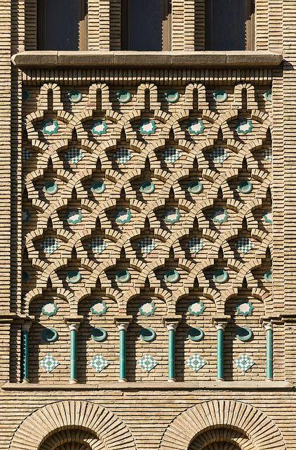 Edificio de correos, Zaragoza.