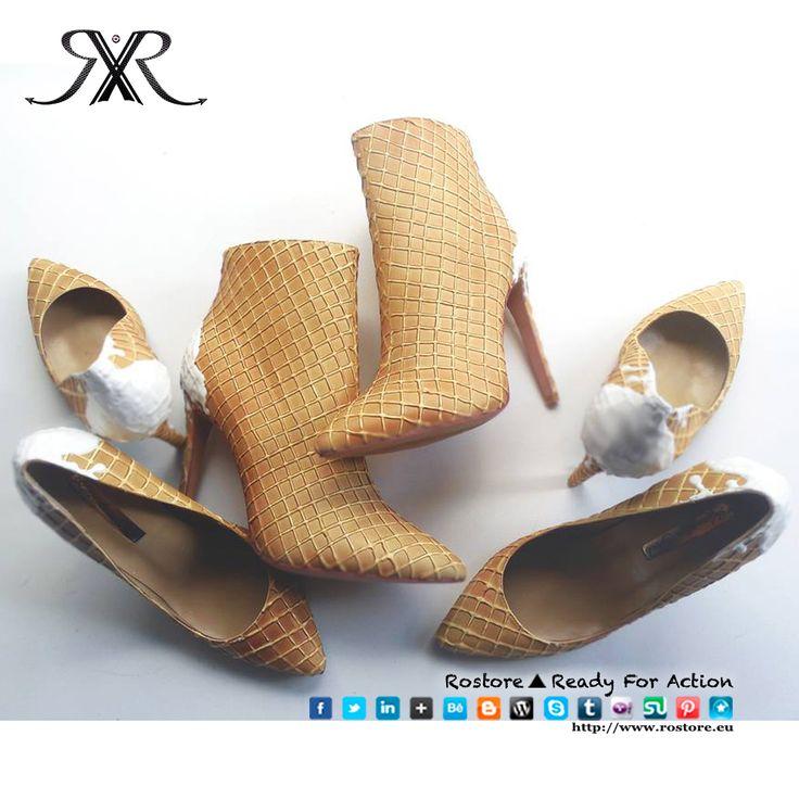 """Bom dia gente linda <3 Quem ja viu a nossa nova matéria: """"Sapatos ou bolos essa é a questão?"""". Fala de Chris Campbell, que tinha uma paixão pelos sapatos e polos doces. Na hora de escolher com o que ele quer trabalhar, ele simplesmente, decide juntar as suas duas paixões e criara uma arte nova, personalizada e única! Essa arte,Shoe Bakery, ou seja, recriação de bolos em sapatos. Existe também uma linha para mães e filhas.. http://www.rostore.eu/pt//17_Sapatos-ou-bolos-essa-e-a-questao.html"""