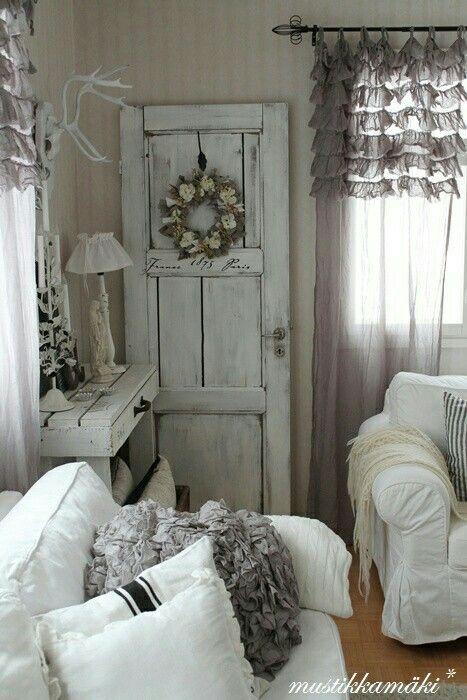 shabby chic living room, ruffle curtain