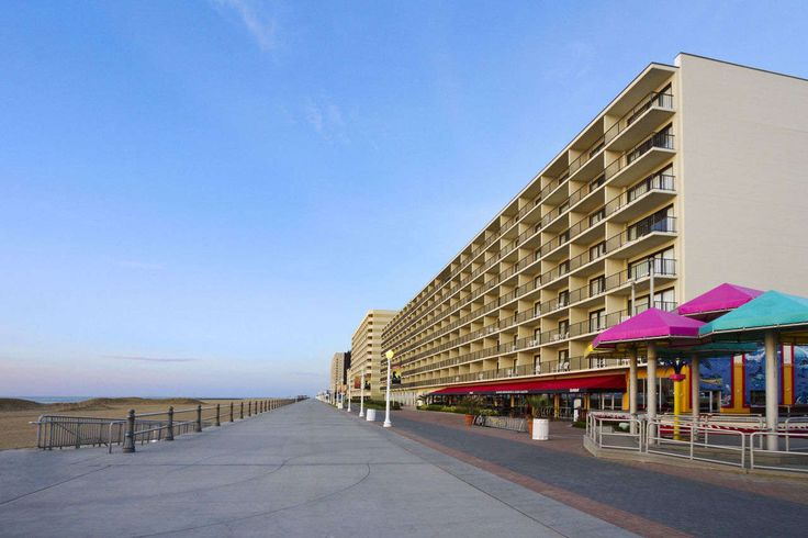 Oceanfront Virginia Beach Hotel Near The Boardwalk