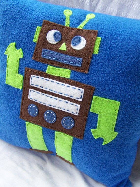Tot Bot Pillow, Felt Robot Pillow. $25.00, via Etsy...or I could just make it.  :o)