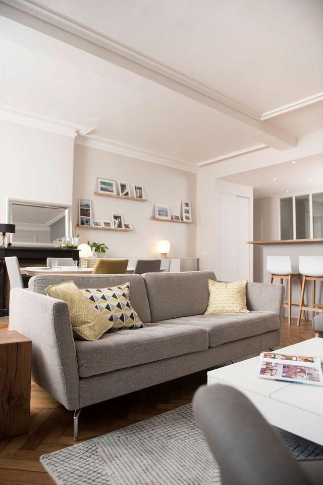 Grande pièce à vivre avec salon, salle à manger et bar, un projet de Marion…