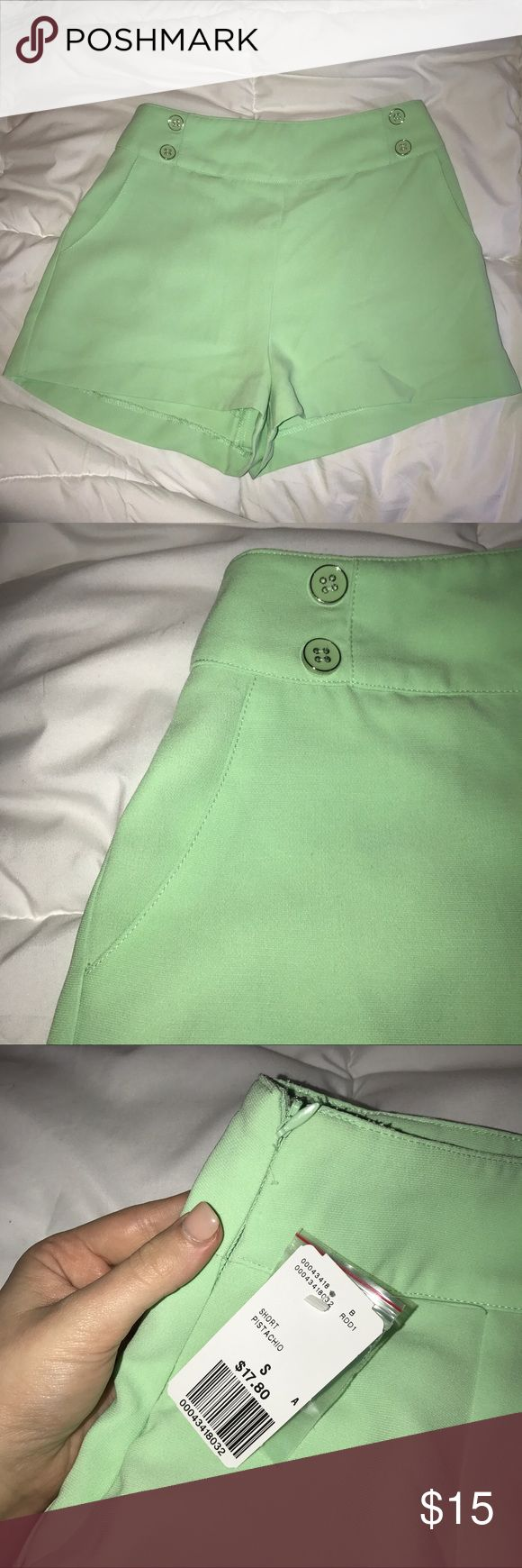 Mint Green Highwaisted Shorts! Brand new, never worn! I do NOT do trades. Use the offer button, and leave any questions below and I'll be sure to answer ASAP. Smoke free, and pet free home! Happy Shopping! Bundle for a deal! ✨💛🐰 Forever 21 Shorts