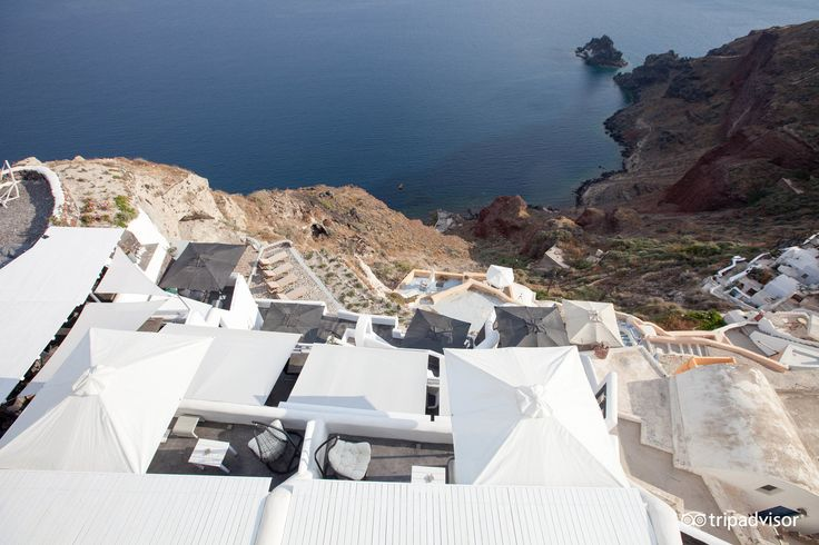 Enjoy the #volcanic view of #Santorini! from the top of #ArtMaisons! #Cyclades