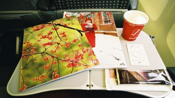 8 in-flight magazines that pay well for travel writing
