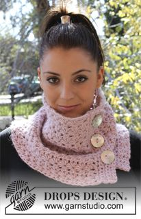 "Galaxica - Crochet DROPS Neck warmer in ""Drops Loves You #2"" or ""Eskimo"" - Free pattern by DROPS Design"