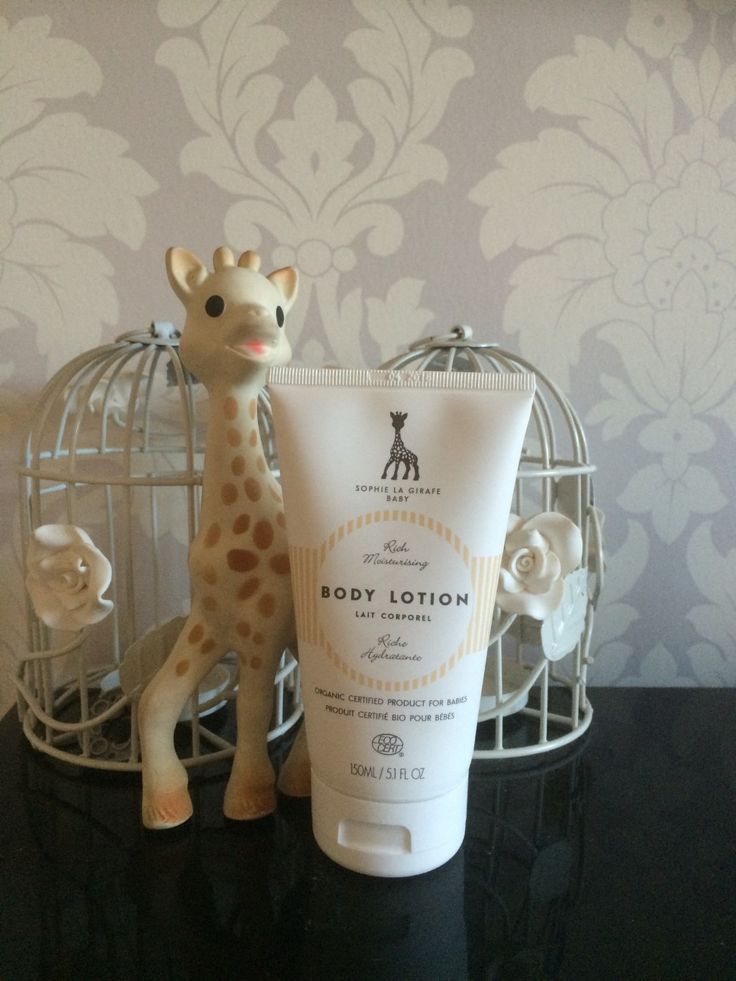 [Review] Sophie La Girafe Cosmetics - Twinderelmo