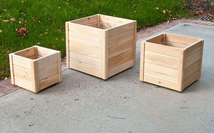 Best 25 jardiniere en palette ideas on pinterest - Fabriquer une jardiniere en bois de palette ...