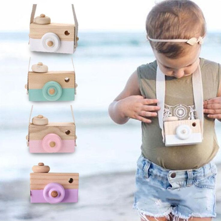Cute Cartoon Baby Wooden Camera Children's Travel Cameras Toy Neck Camera Photography Prop Home Decor Gift