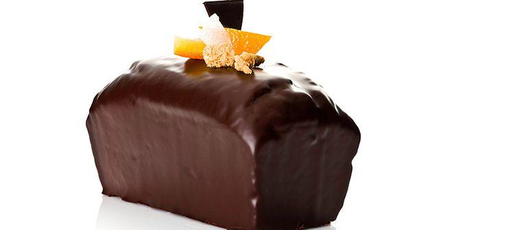 Plum cake Tobado with sugared apricots   chocovic