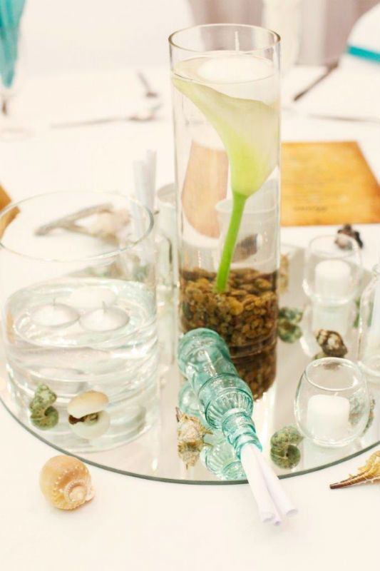 Beach Meets Berg, Tall Glass Vases, floating flower, Stones. Message in a bottle favour, Round Mirror base