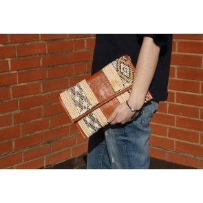 Moroccan Kilim Clutch  #ethnicstyle #leatherclutch #ethnicprints #besnazzybedifferent
