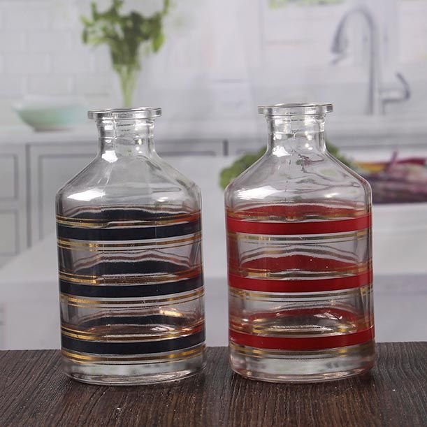 High quality essential oil diffuser bottle clear striped oil aroma diffuser bottle wholesale.
