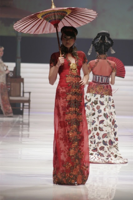 Chinese style kebaya