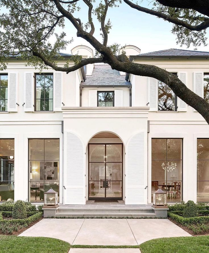 Being inspired by some beautiful exteriors this morning. This one I am totally obsessed wit