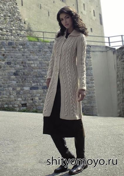 Вязание спицами пальто схема бесплатно