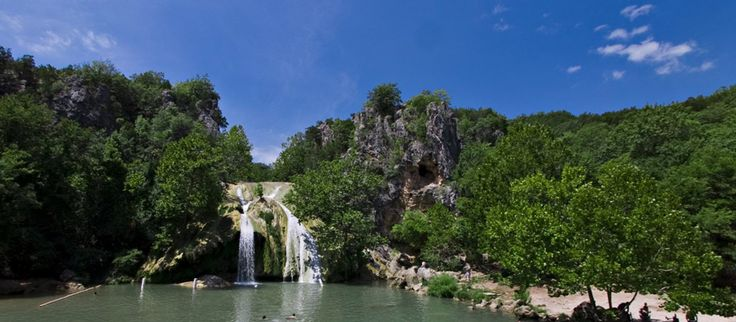 Turner Falls Park, Arbuckle Mountain Region in Davis, Oklahoma – family friendly water park in Oklahoma - Turner Falls    Davis, Oklahoma (77 feet) The rocky, flumelike slope of Turner Falls ends in a natural pool, where swimmers cool off all summer (580-369-2988; turnerfallspark.com)