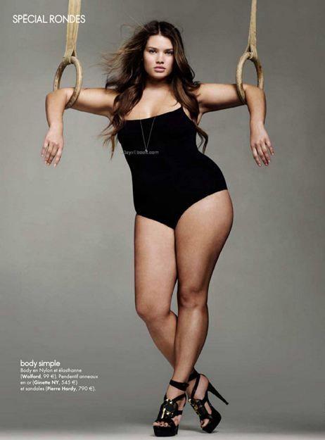 Spécial Femmes - Belle et pulpeuse, Tara Lynn, en couverture du dernier magazine ELLE du 10/02/2012, elle est réellement éblouissante.