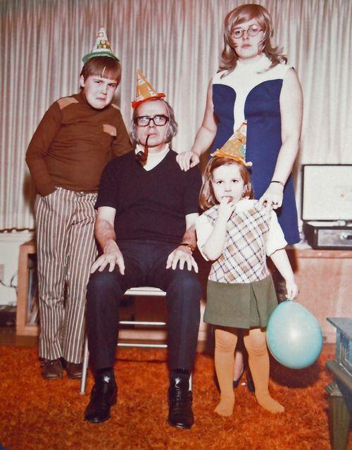 Adieu et à demain Awkward family Christmas card