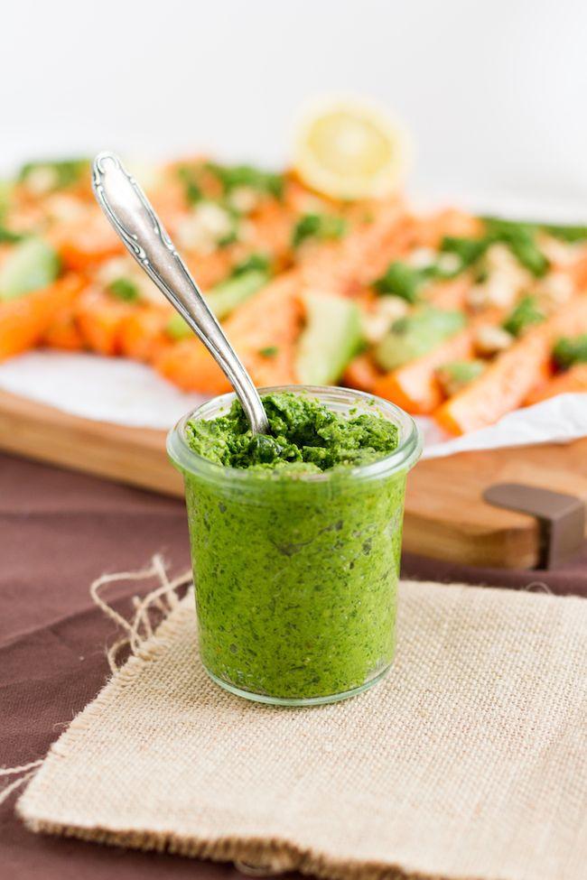 haseimglueck.de: Koriander-Pesto mit Sesam, Karotten und Avocado