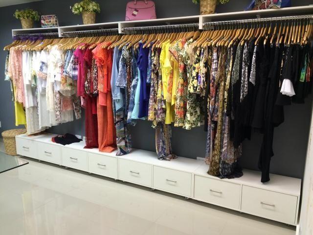 Móveis para lojas de roupas