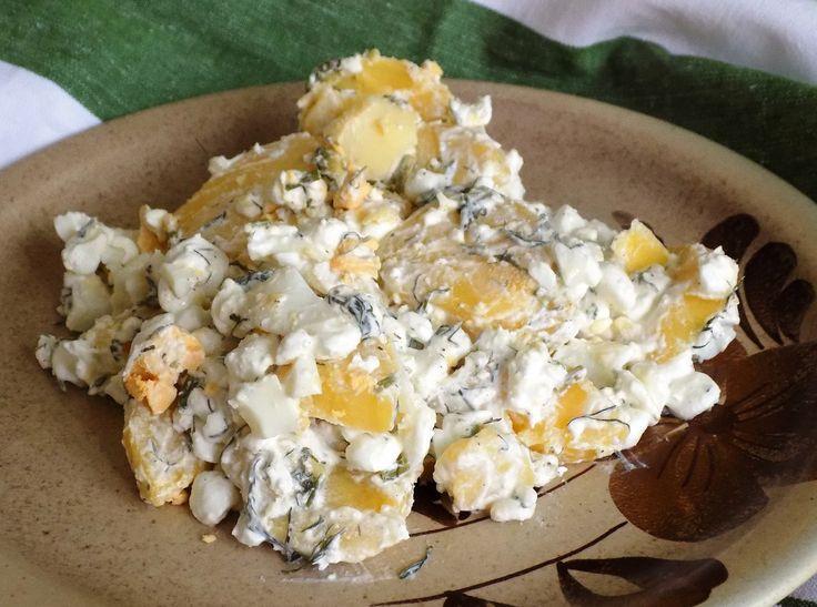 bramborový salát s cottage(jogurt,vejce natvrdo,kopr)