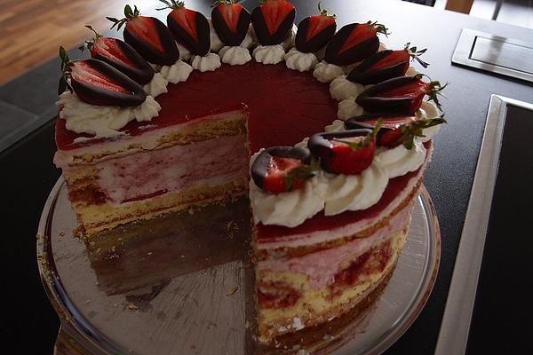 Erdbeer Schmand Torte Von Jienniasy Chefkoch Rezept Kuchen Und Torten Torten Nachtisch Rezepte
