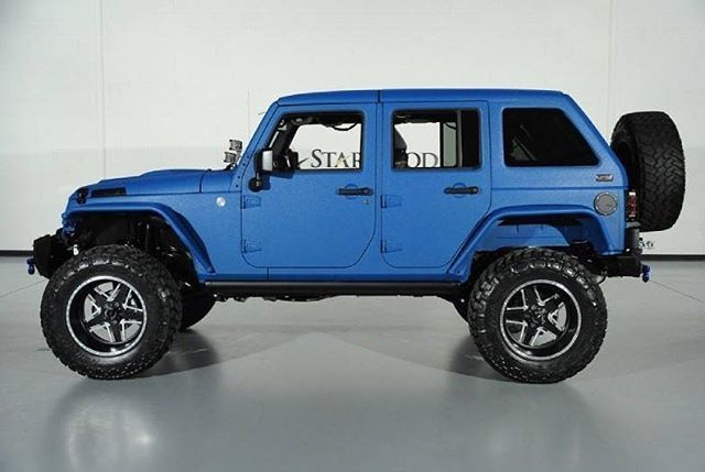 Like this jeep? How about that custom paint job? We are running a $750 off special currently on all full body Kevlar paint jobs!  Be sure and get a quote, just mention the IG post Jhail@starwoodcustoms.com