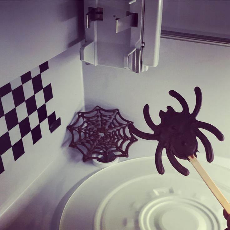 On the night before Halloween, as we prepare to create some spook-tacular treats, we open up Foodini only to find that creepy spiders are creating webs in the dark, shadowy corners of Foodini... Fortunately for us they are 3D printed out of dark chocolate! :-)