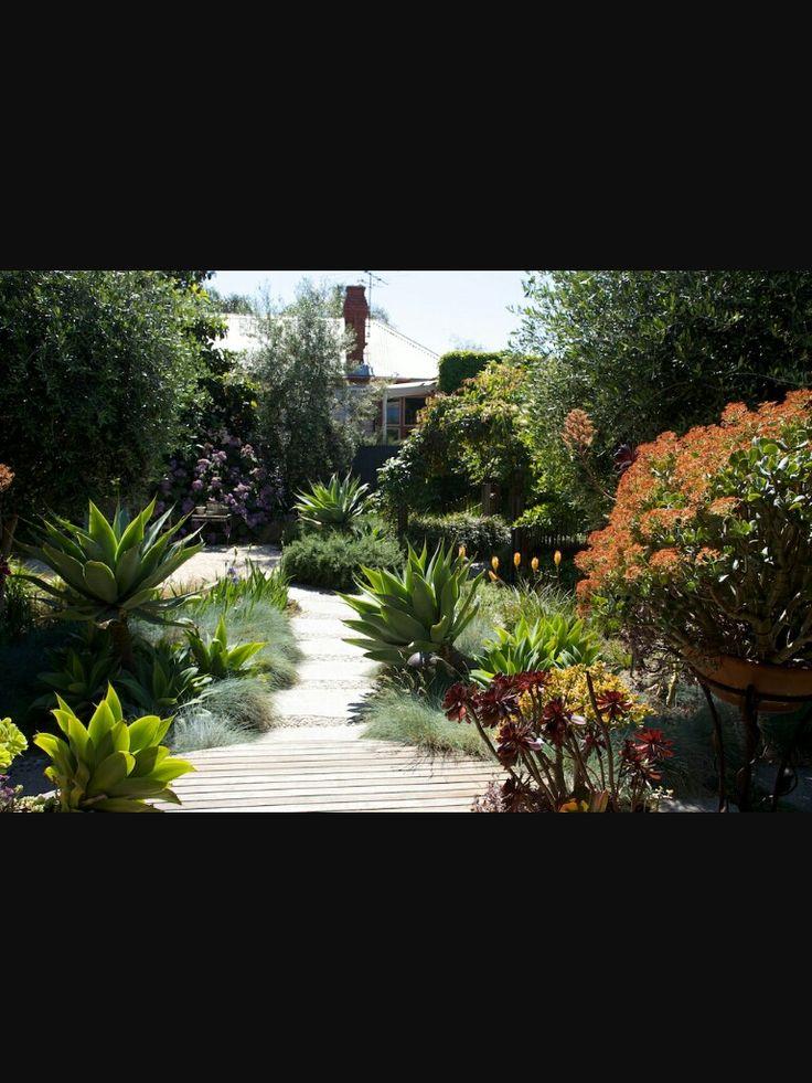 1340 best Hillside garden images on Pinterest Hillside garden