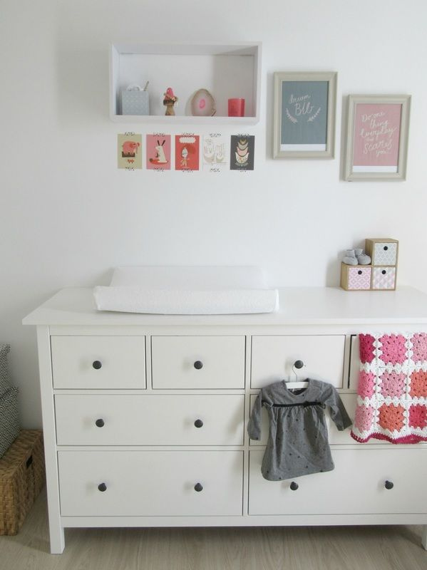 best 25 ikea hemnes changing table ideas on pinterest white changing table dresser changing. Black Bedroom Furniture Sets. Home Design Ideas