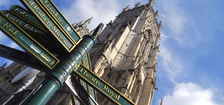 #York You will find surprising traces of its Roman past in this city in Northern England.#WeAreESL https://www.esl-languages.com/en/adults/learn/english/york/england/index.htm