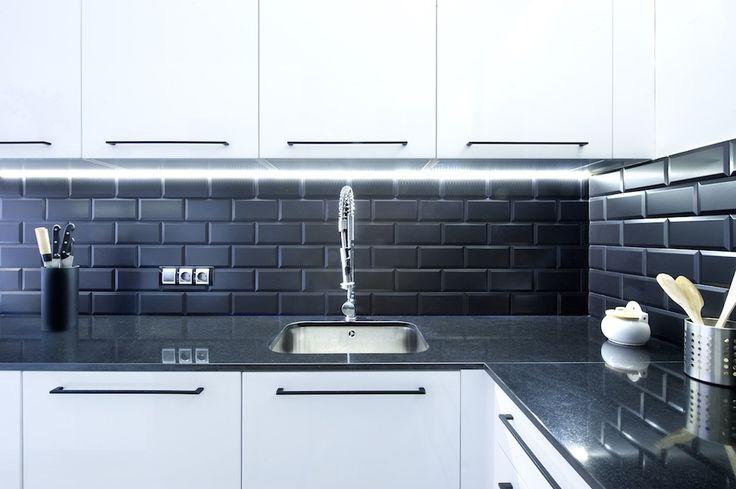 Las 25 mejores ideas sobre azulejos de metro negro en for Azulejo metro cocina