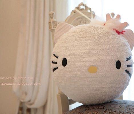 como hacer una pinata de Hello Kitty paso a paso