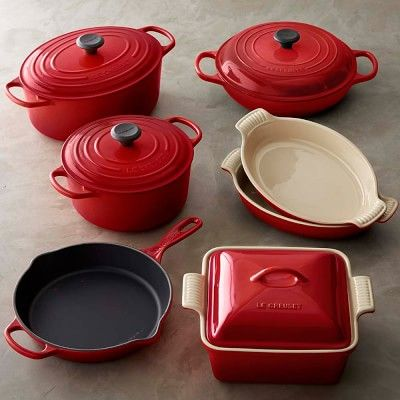 another reason to always have my viva vantage design towels close by how can anyone use this le creuset cast iron u0026 stoneware cookware set unless they have