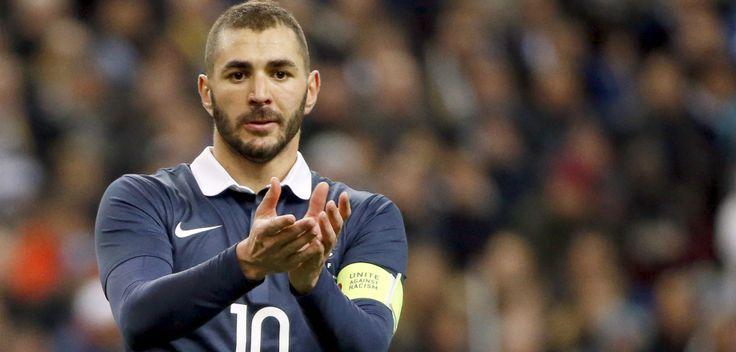 Karim Benzema est un attaquant international français qui joue pour le Real Madrid (Espagne).