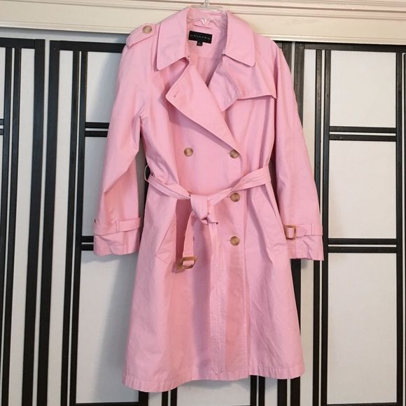 Pink trench coat Super nice for spring, this pink trench coat will brighten up your world! It's a keeper!❤️ Gallery Jackets & Coats Trench Coats
