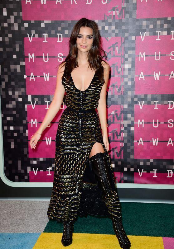 Emily Ratajkowski - 2015 MTV Video Music Awards au Microsoft Theatre à Los Angeles