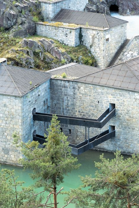 Markus Schererand & Walter Dietl - Il Forte de Fortezza (conversion of a historic military fort to a cultural space), Franzensfeste 2009. One of my all time favorite projects, a more thorough write up...