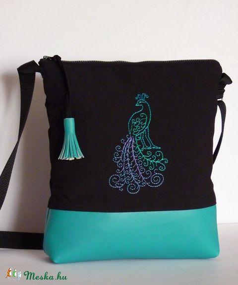 Meska - Fekete-türkiz válltáska pannika kézművestől