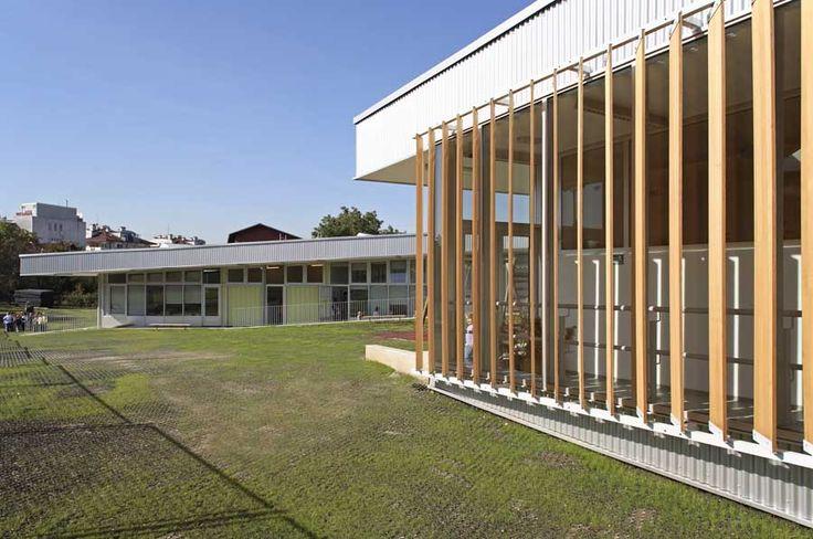 http://www.e-architect.co.uk/images/jpgs/croatia/segrt_hlapic_kindergarten_ra170309_9.jpg